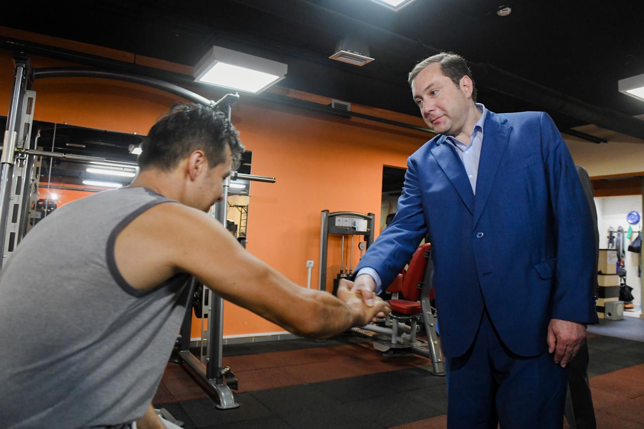 Губернатор ознакомился с условиями для занятий спортом граждан с ограниченными возможностями здоровья