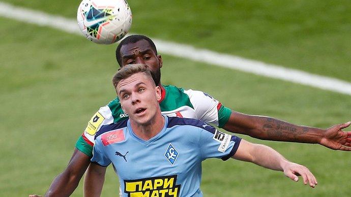 Смоленский футболист Глушенков близок к возвращению в «Крылья Советов»