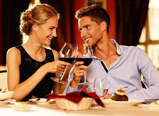 Ужин в ресторане: чудесный подарок ко Дню влюбленных