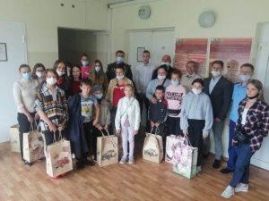 В Десногорске полицейские помогли школьникам подготовиться к новому учебному году