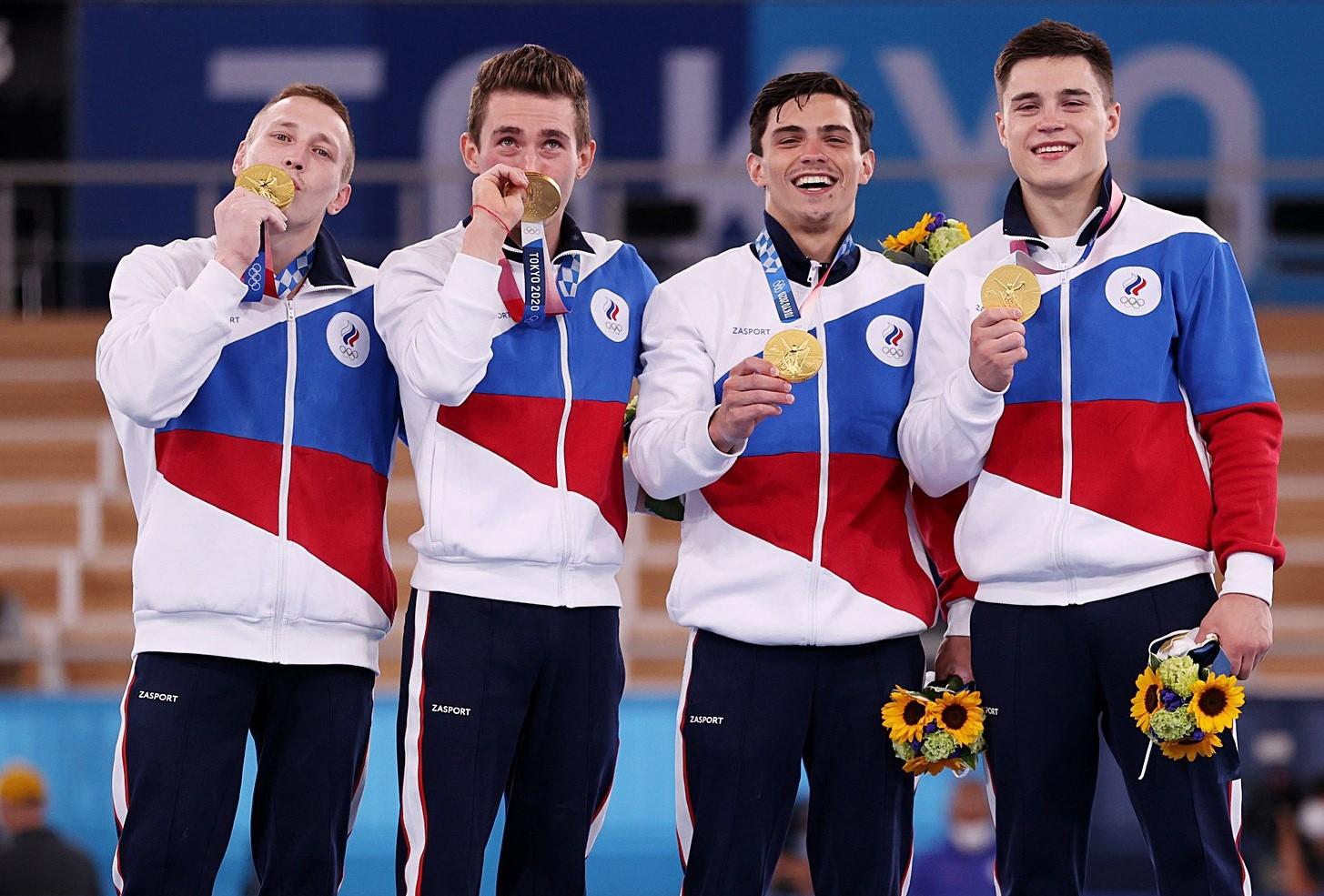Алексей Островский поздравил смоленских студентов с олимпийскими медалями