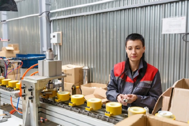Смоленские экспортеры создали почти 200 новых рабочих мест в 2020 году