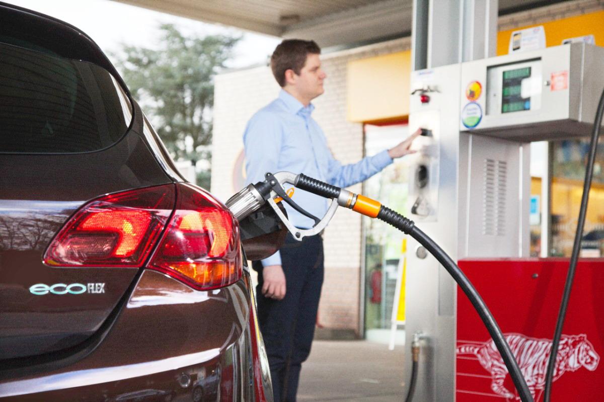 Бизнес просит упростить регистрацию переведенных на газ автомашин