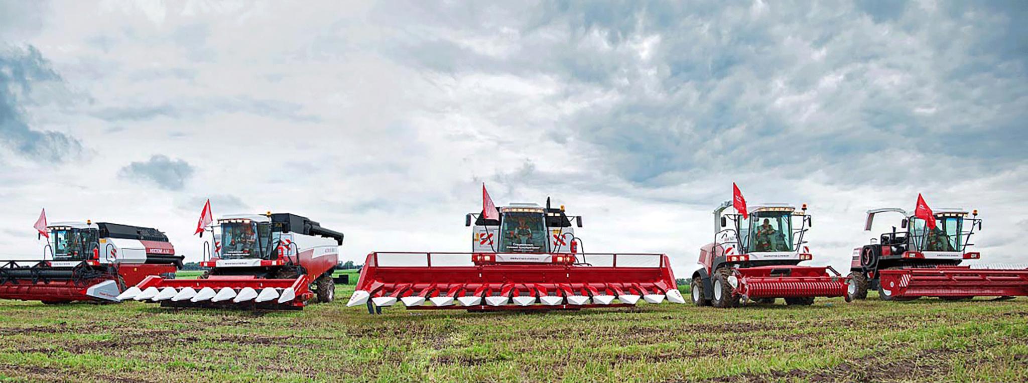 187 единиц новой сельхозтехники приобрели аграрии Смоленской области за I полугодие