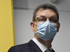 Разбогатевший на пандемии глава Pfizer посулил миру вечную ревакцинацию