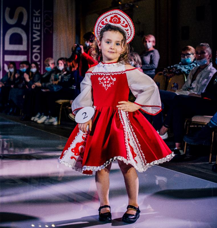 5-летняя модель представит Смоленск на Международном конкурсе красоты «Мисс гламур»