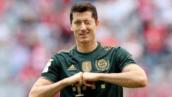 Роналду запускает инновационную футбольную платформу